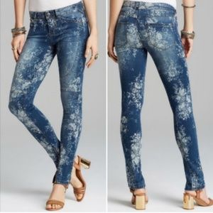 Free People | Elle floral moto zipped skinny jeans